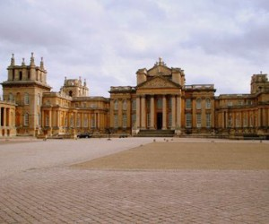 Blenheim Palace, Downton Abbey Village & the Cotswolds Day Tour